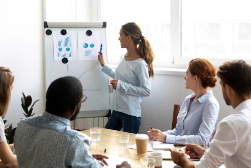 5 dicas de como fazer uma empresa crescer com pouco dinheiro