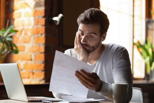 Como demitir um funcionário e contratar um bom substituto